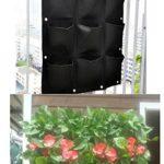 Anwendungsbeispiel - die 9er Pflanztasche in schwarz an einem Balkon hängend, ohne Inhalt - darunter bepflanzt an einer Hauswand hängend