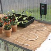 Bio Green Bodenheizung für ein Gewächshaus - Aufzuchtartikel